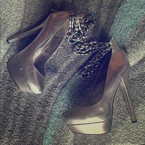 BEBE Platform Heels! 👠